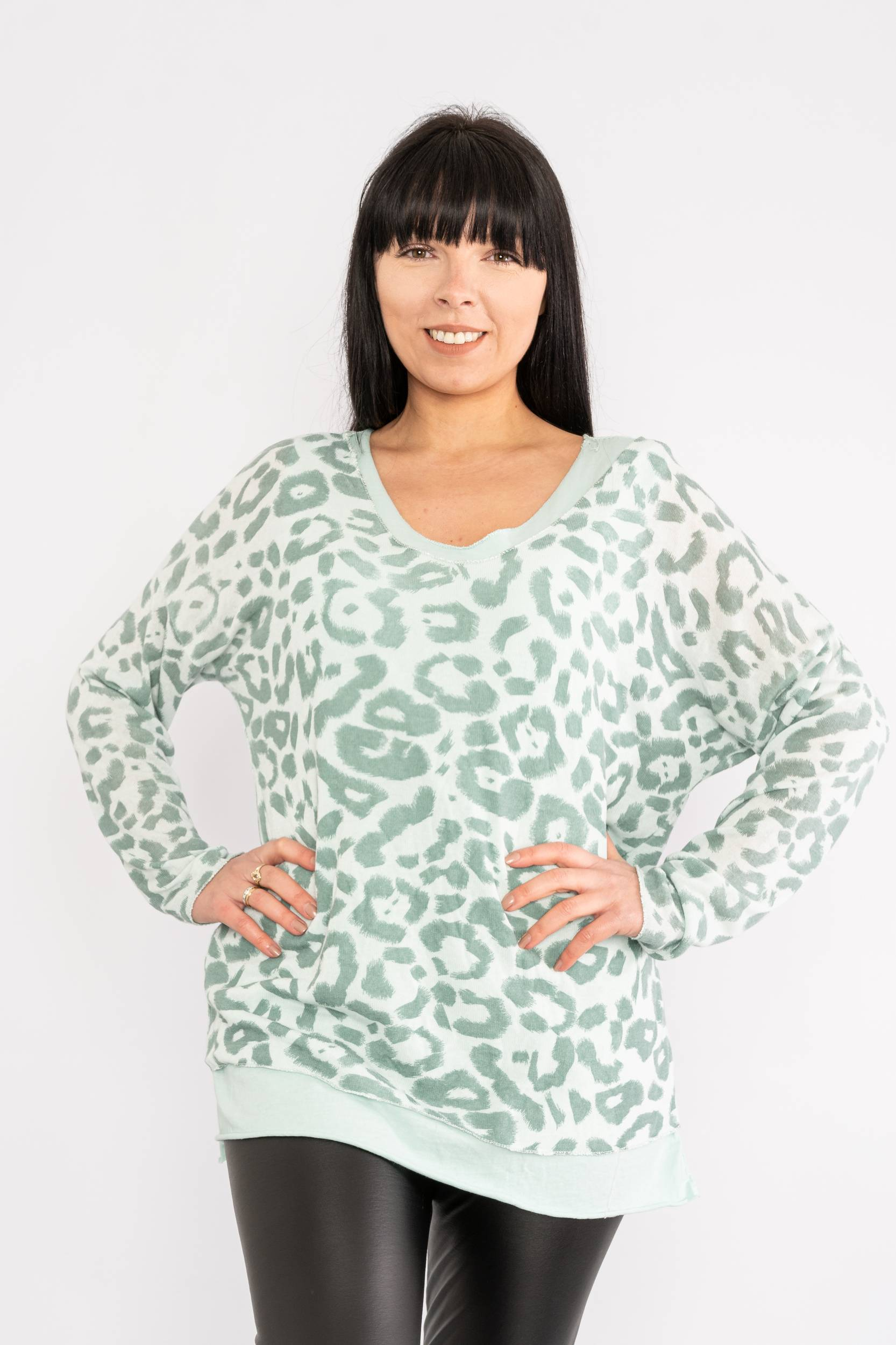 Two piece leopard print top mint Lucy Sparks