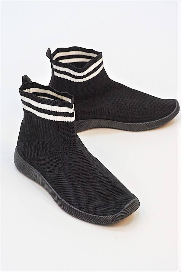 Black With White Chunky Sole High Runner Sock Trainers J5 Fashion